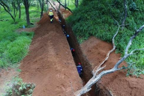 Nzuri hits 7.7% copper immediately along strike from Kalongwe