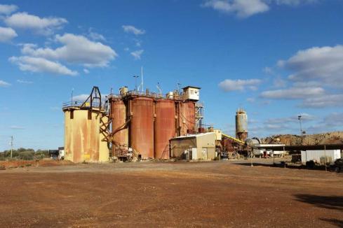 Middle Island launches Alto takeover bid