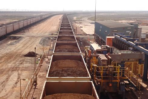 Iron ore price collapses on trade tensions, Vale revival