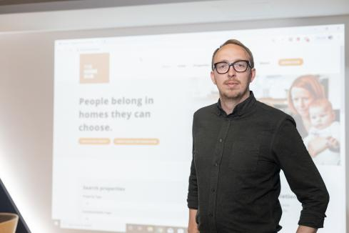 Online hub for homeseekers