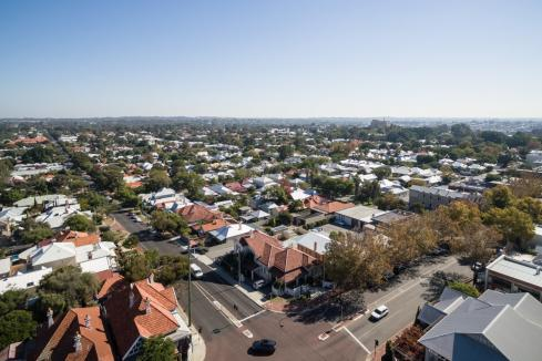 Perth house prices up 0.4%