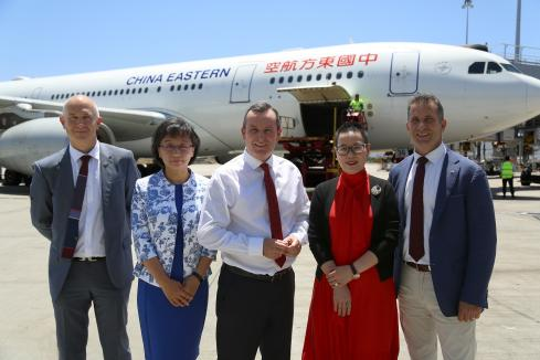 McGowan on hand for first Shanghai-Perth flight