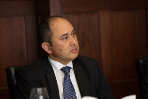 US investor backs APM