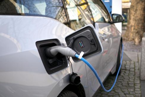 Electric vehicles return to agenda