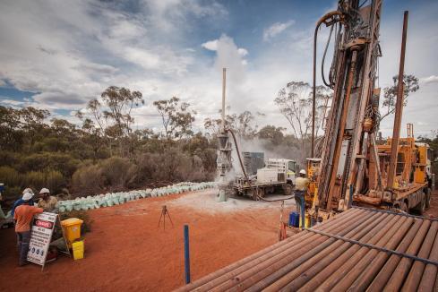 Peel Mining sells $7m shares in Saturn Metals