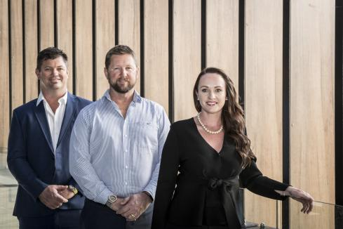 Mondium contracts Whittens for $20m