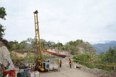Blackstone beefs up drilling fleet in Vietnam nickel hunt