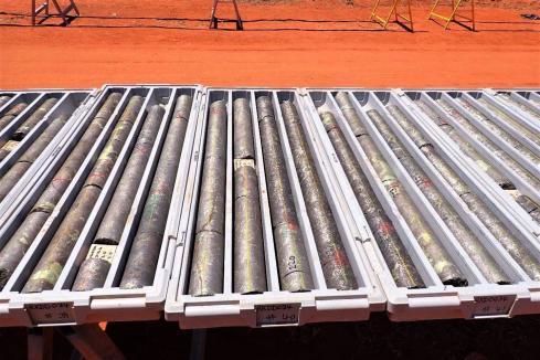 Legend unearths 43m of massive nickel sulphide in WA