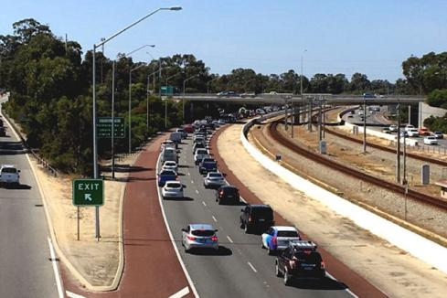Mitchell Fwy extension proponent named