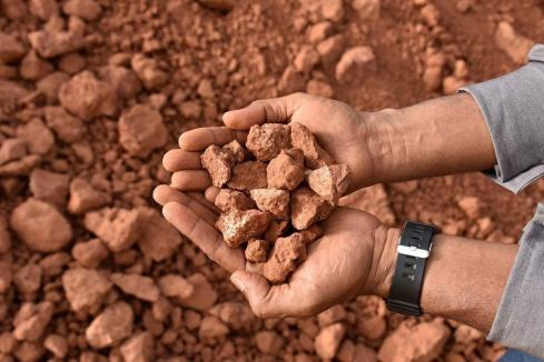 Bauxite test work stacks up for Lindian in Guinea