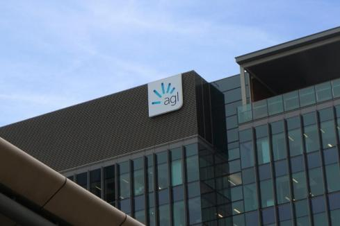 AGL to split business in clean energy move