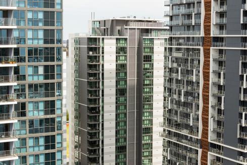 Apartment sales up in Q4