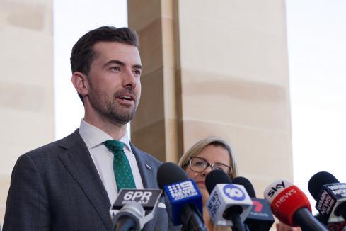 Labor, Libs take campaign to Peel