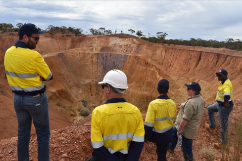Bardoc drill hits point to free-milling options at proposed mine