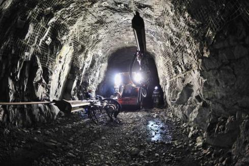 Search for missing miner continues