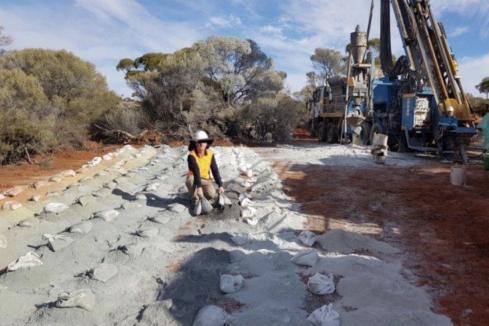 Drilling provides broader leads for Estrella at WA nickel find