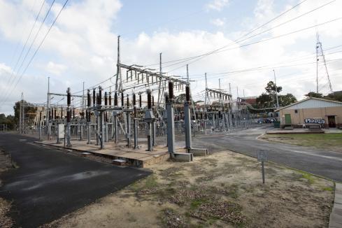 Negotiation call as power strike escalates