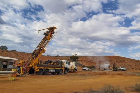 Kingwest drilling extends Menzies gold mineralisation
