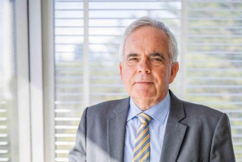 Langoulant named to top UK job