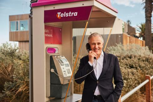 Telstra announces free calls from payphones
