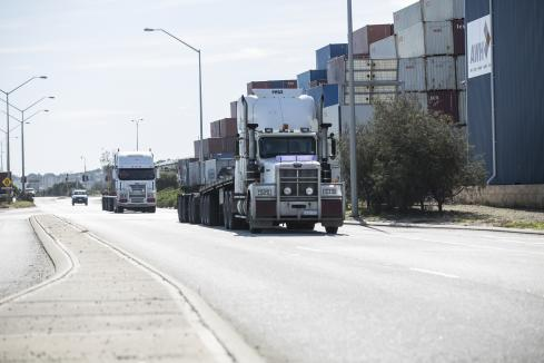 State, union discuss mandatory jab for truckies