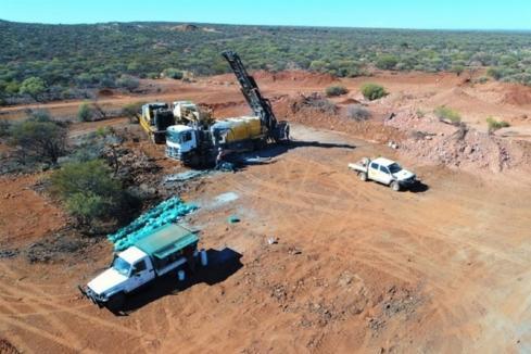 Emu hits deep quartz veins at Gnows Nest in WA
