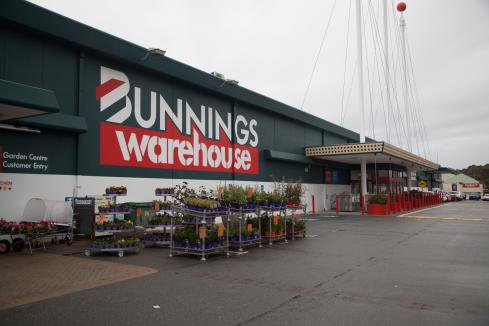 Bunnings given all-clear for tiles deal