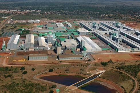 South32 lifts stake in Mozambique smelter