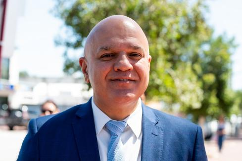 Council bid for defeated Liberal MP