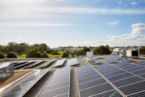 Solar in LNG industry key to carbon: Report