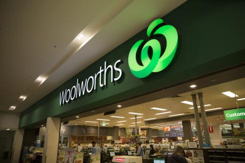 Woolworths, Coles plan staff vaccine mandates