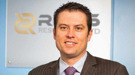 Newmont sells Regis stake