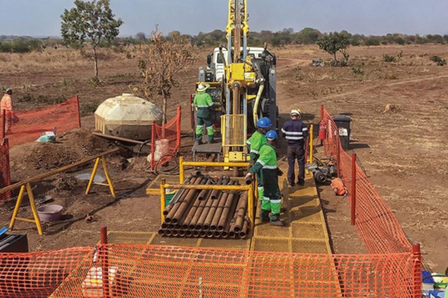 Funds sought for graphite projects