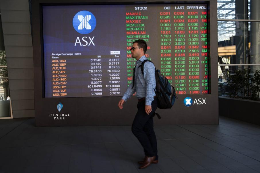 Aust shares down after Wall St slide