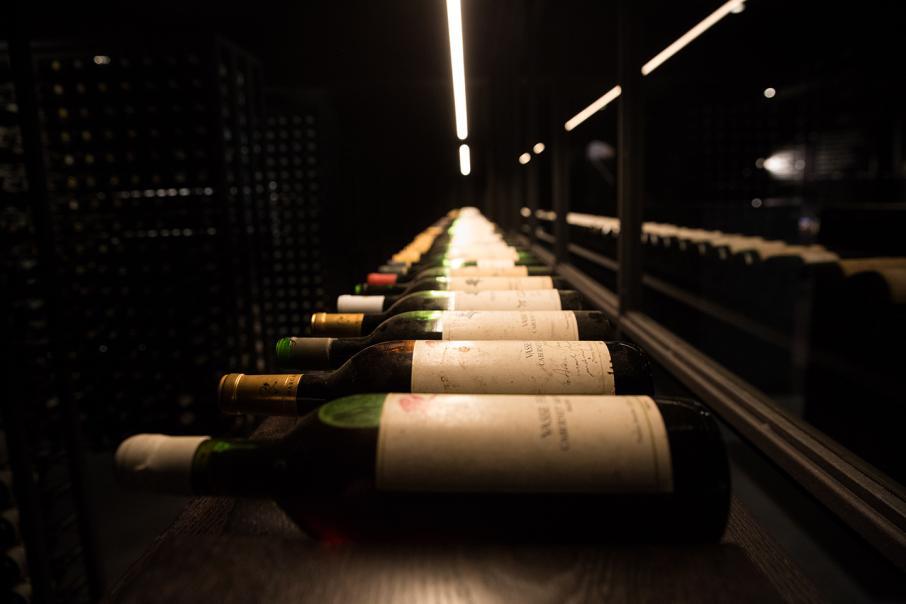 Banks, brokers get a taste for WA wine