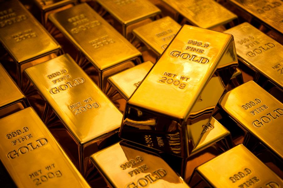 Gold falls as $US, equities rebound