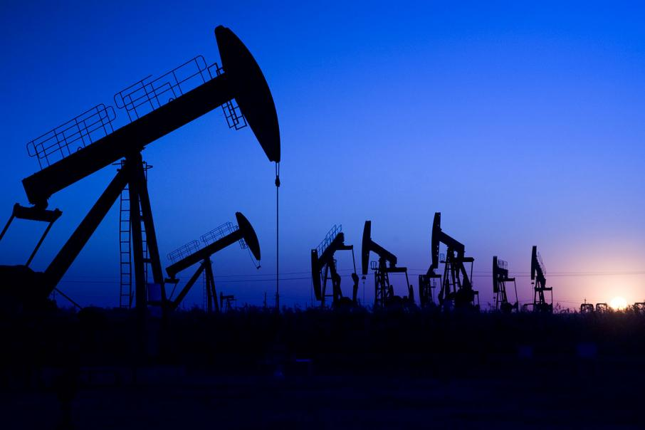 Oil drops as market braces for more crude