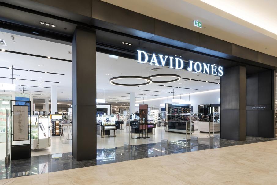 David Jones boss David Thomas quits