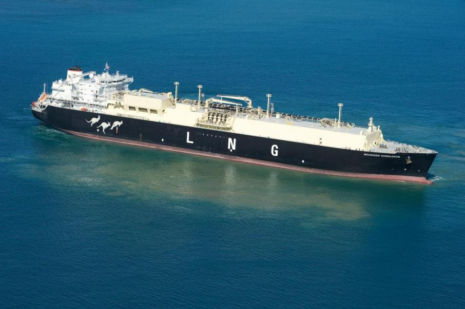 Woodside signs 10-year LNG supply deal