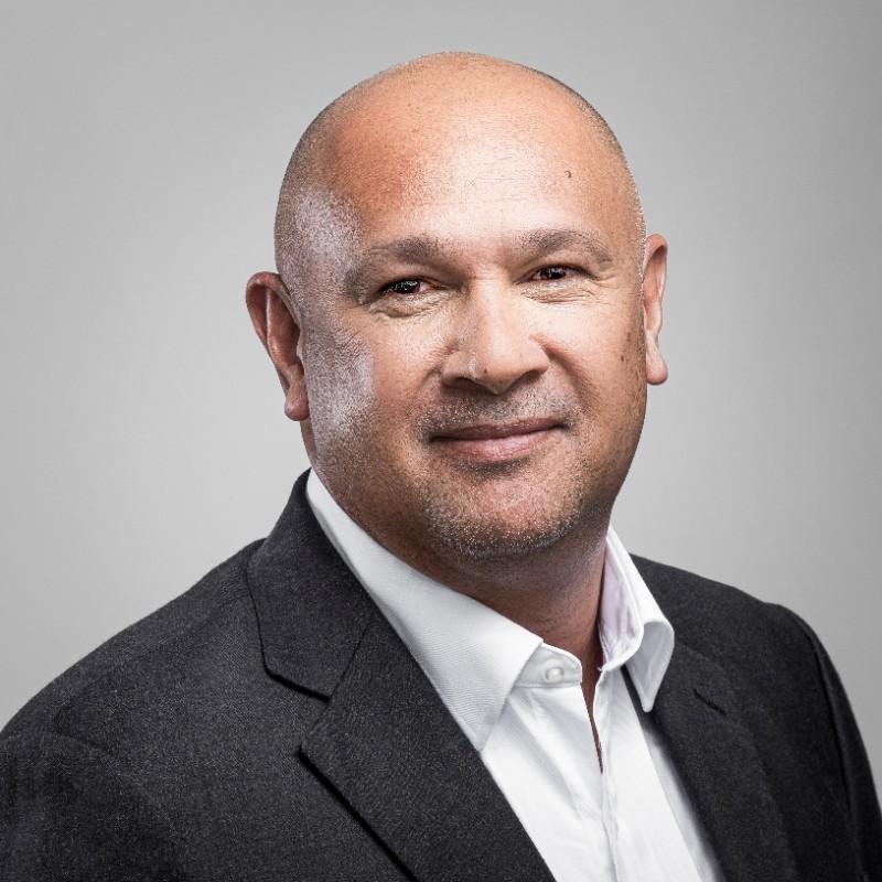 Ron Villaflor