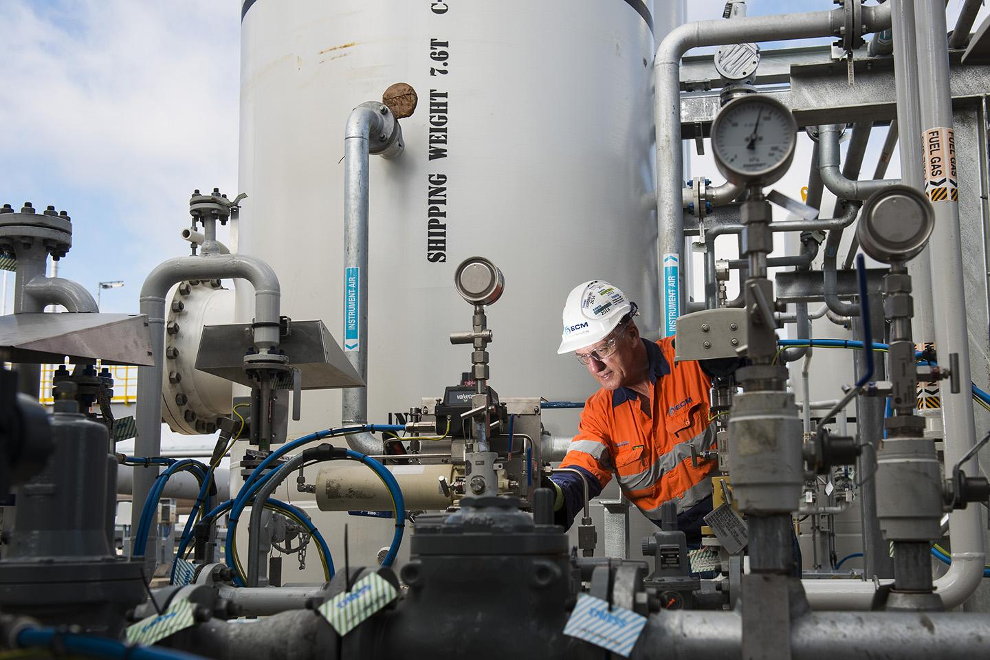 EC&M secures $130m of contracts