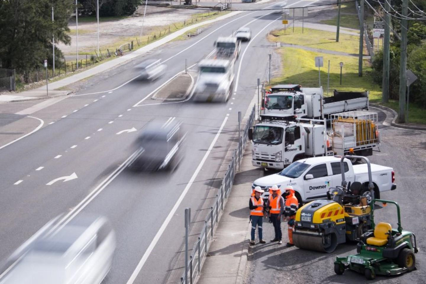 Downer secures $420m SA road contracts
