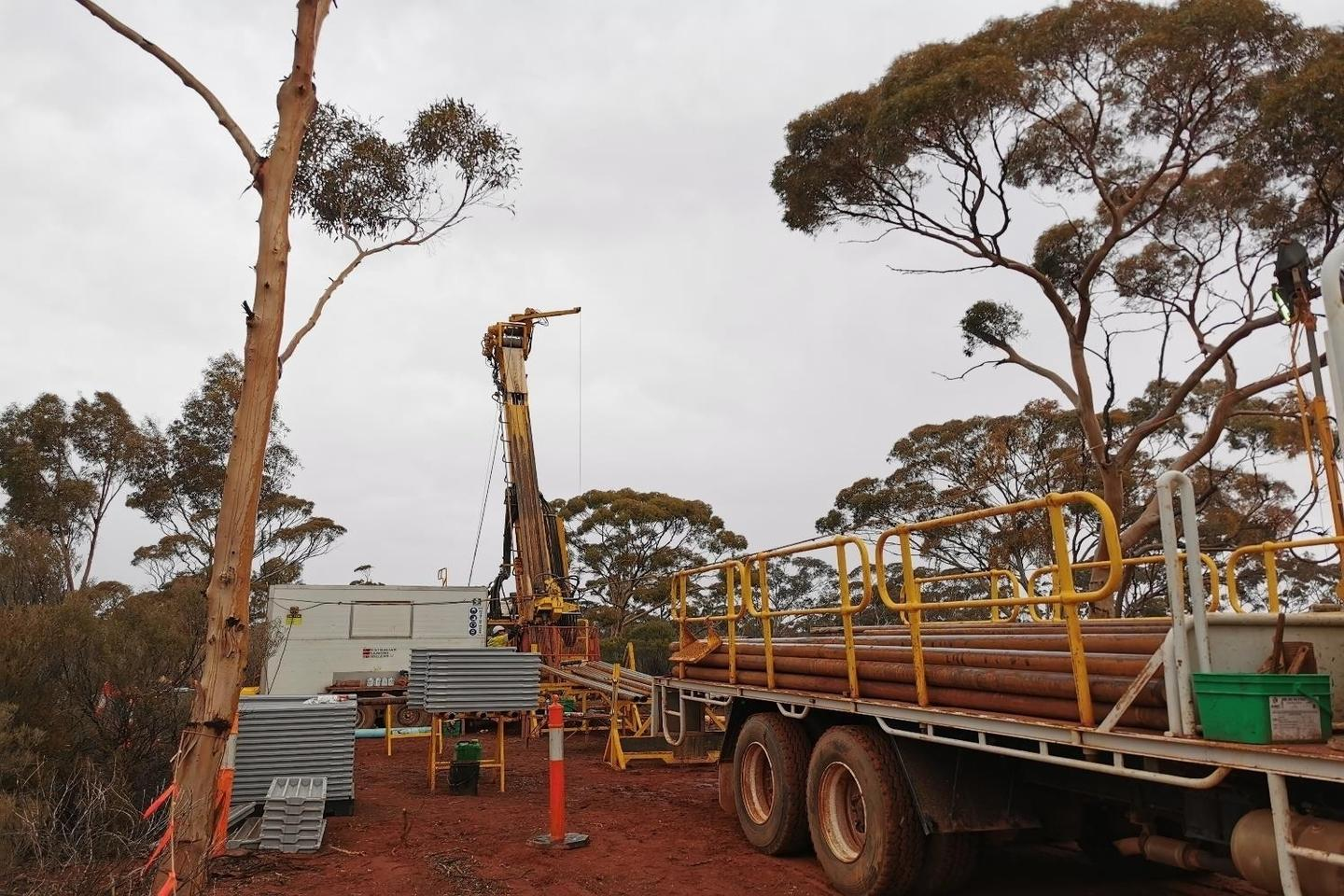 Anglo removes legacy royalties over Mandilla gold project