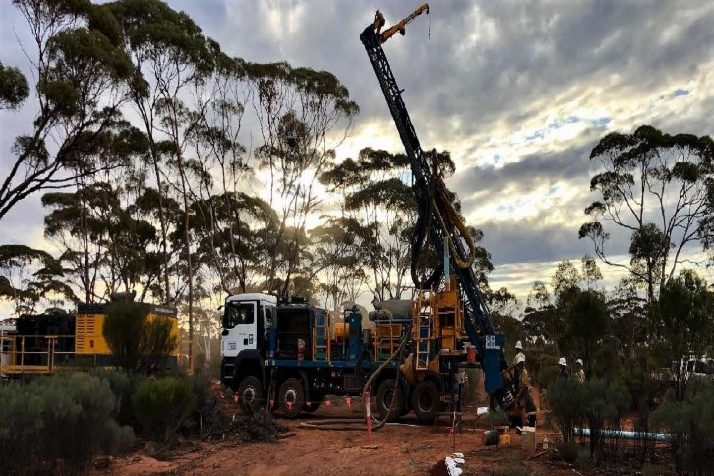 Second Anglo rig chases more Kalgoorlie gold