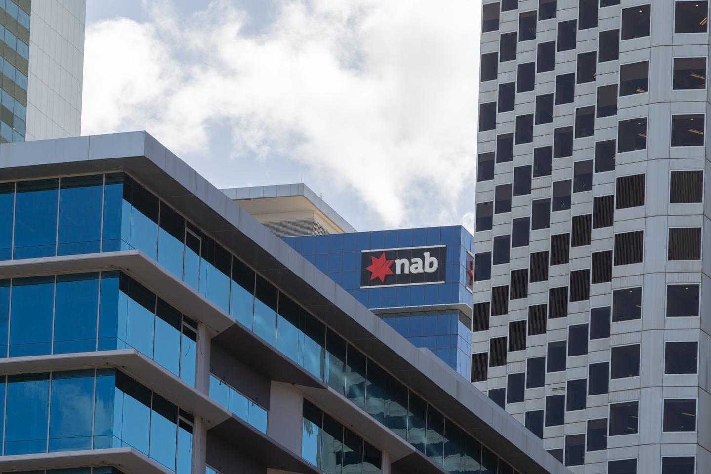 NAB cash earnings rise on improved economy