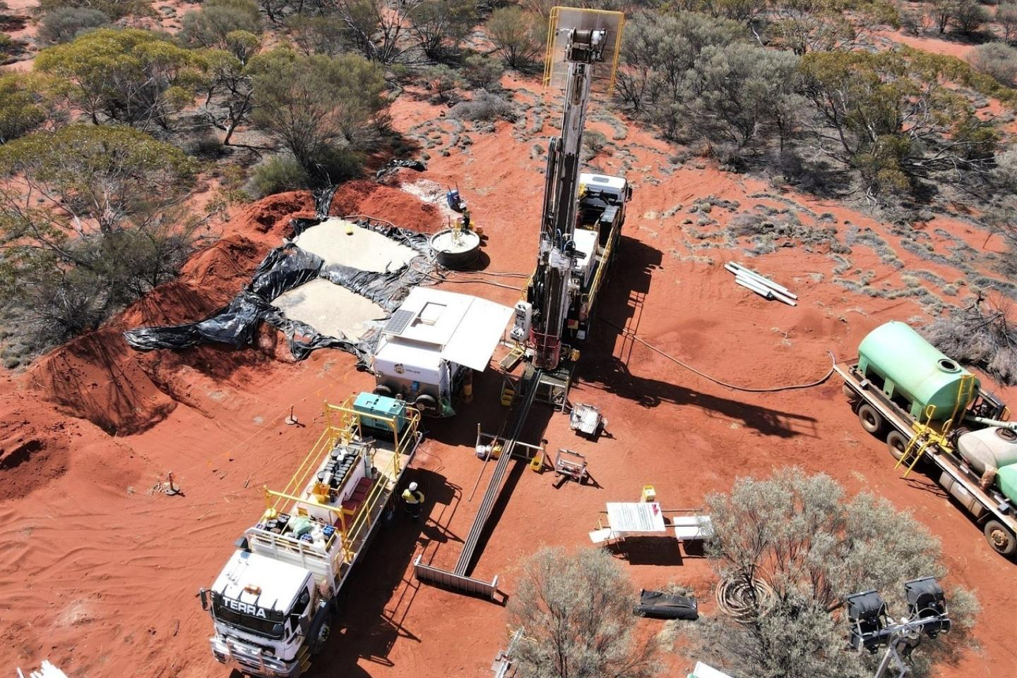 St George doubles rig count at Mt Alexander